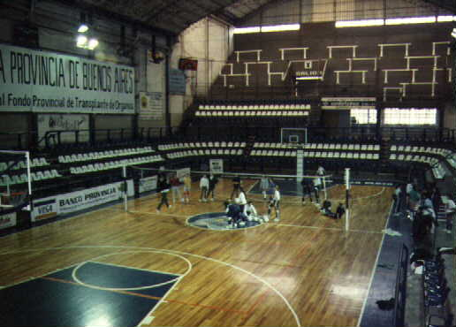 Polideportivo: for the pratice of basketball and volleyball